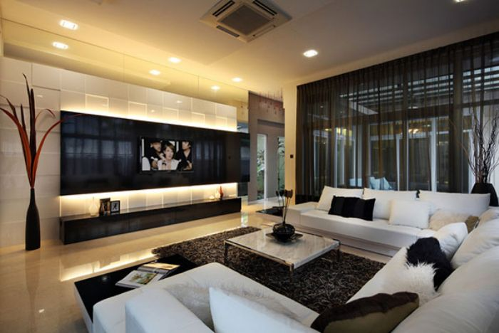 Contemporary lounge entertainment room